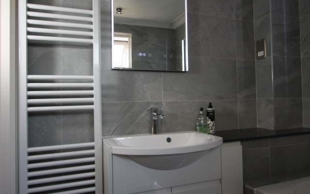 Eastbrook Towel Rail